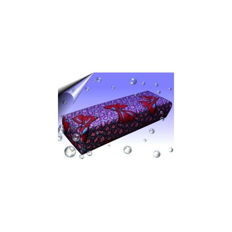 Nageldesign Handauflage Violett-Rosa